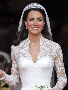 kate-middleton-bodice-768